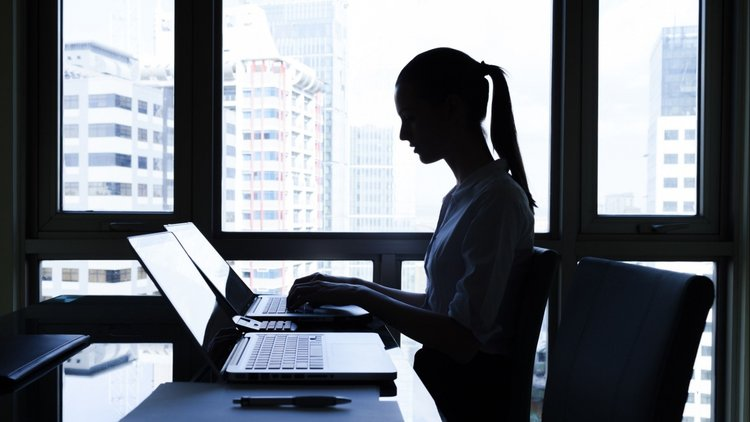 Finance-Related Tasks That Starting Entrepreneurs Can Outsource